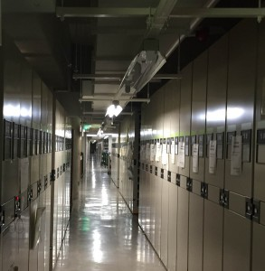 廊下・図書館1